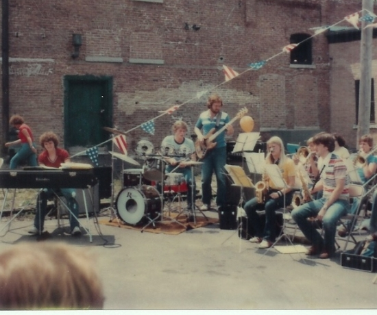 Concert at The Ice House Mall in 1978