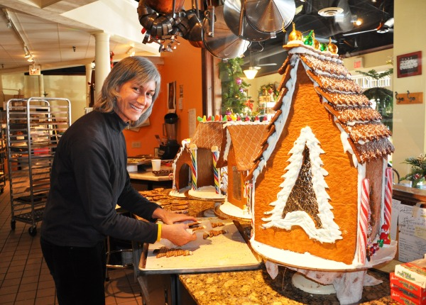 Gingerbread House Building at Ambrosia in Barrington