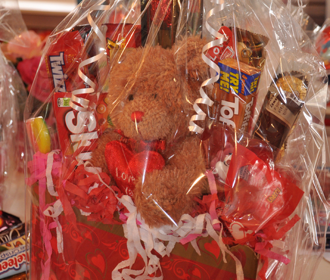 Deal - Sweet Spot Valentine Candy Bouquets