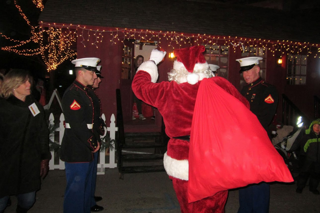 Santa's Barrington Arrival - Photographed by Marty Smith III, US Marines 2nd District Commandant
