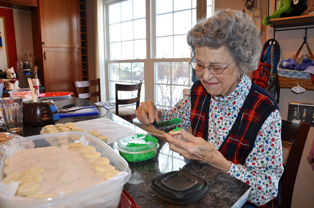 Lillian Riddell Prepares for the Community Church of Barrington Cookie Walk