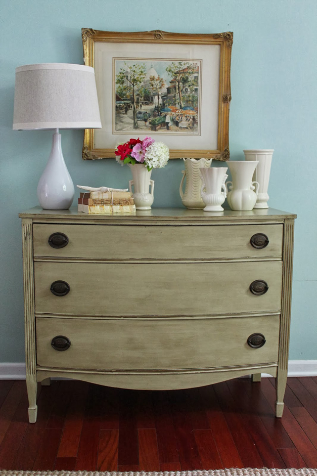 Antique dresser refurbished with chalk paint - Courtesy of TatteredTiques.com
