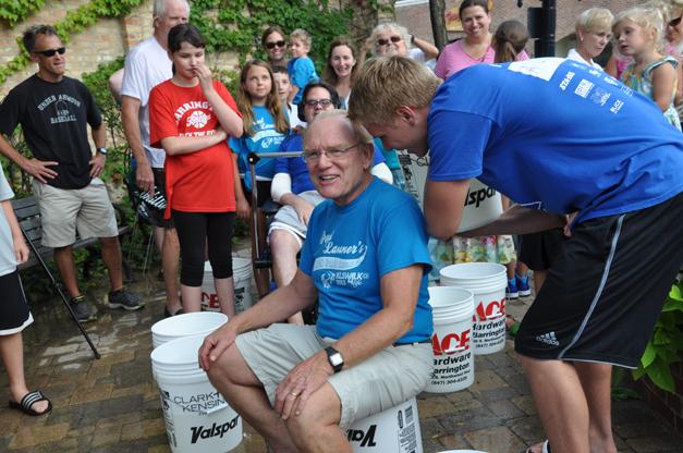 Bob Lee Takes Barrington's Ice Bucket Challenge