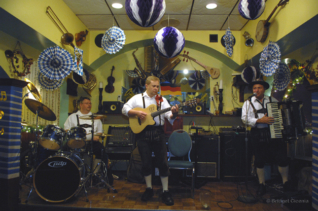 Johnny Wagner Band LIVE at Barrington ChristKindlFest from 8:30 to 11 p.m. on Thursday, December 4th