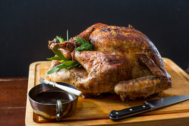 Table and Dish Celebrates a Heinen's Thanksgiving - Photo by Sally Roeckell