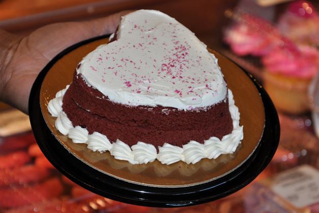 Heinens Cakes